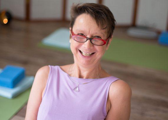 Ellen Kaettniß von Yoga Inspiration - Yogalehrerin in Chemnitz