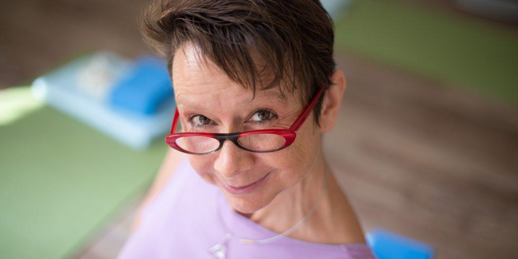 Ellen Kaettniß unterrichtet Yoga im Zentrum von Chemnitz