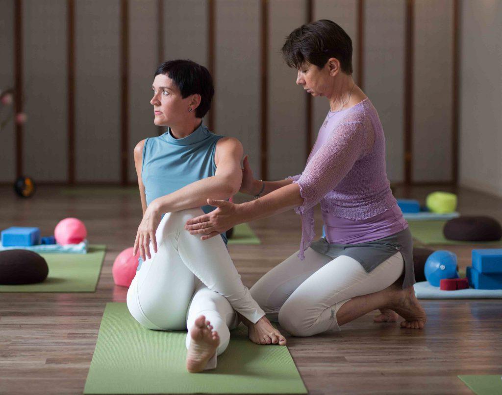 Der Drehsitz, Hatha Yoga bei Yoga Inspiration in Chemnitz