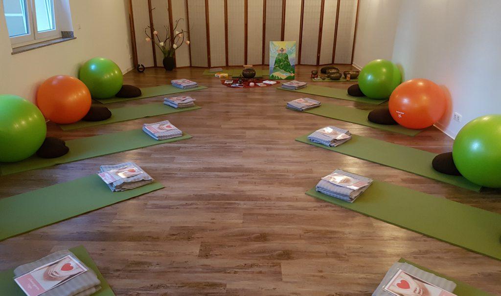Yoga-Raum für Schwangerenyoga in Chemnitz bei Yoga Inspiration
